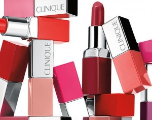 2 in 1: Lippenstift und Basis Pop Lip Colour + Primer von Clinique.